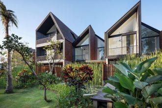 Jual Villa One Gate System di Brawa Bali dengan View Taman yang asri