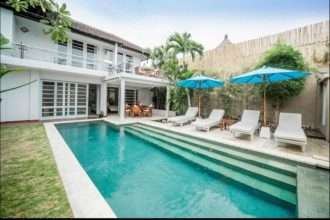 Villa for sale in seminyak