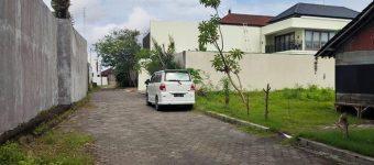 Dijual Tanah di Dewi Saraswati Seminyak Samping Villa Uma Warna (1)